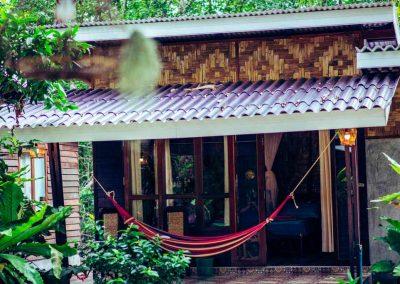 Bananas Bungalows KRABI bedrooms and bungalows 02